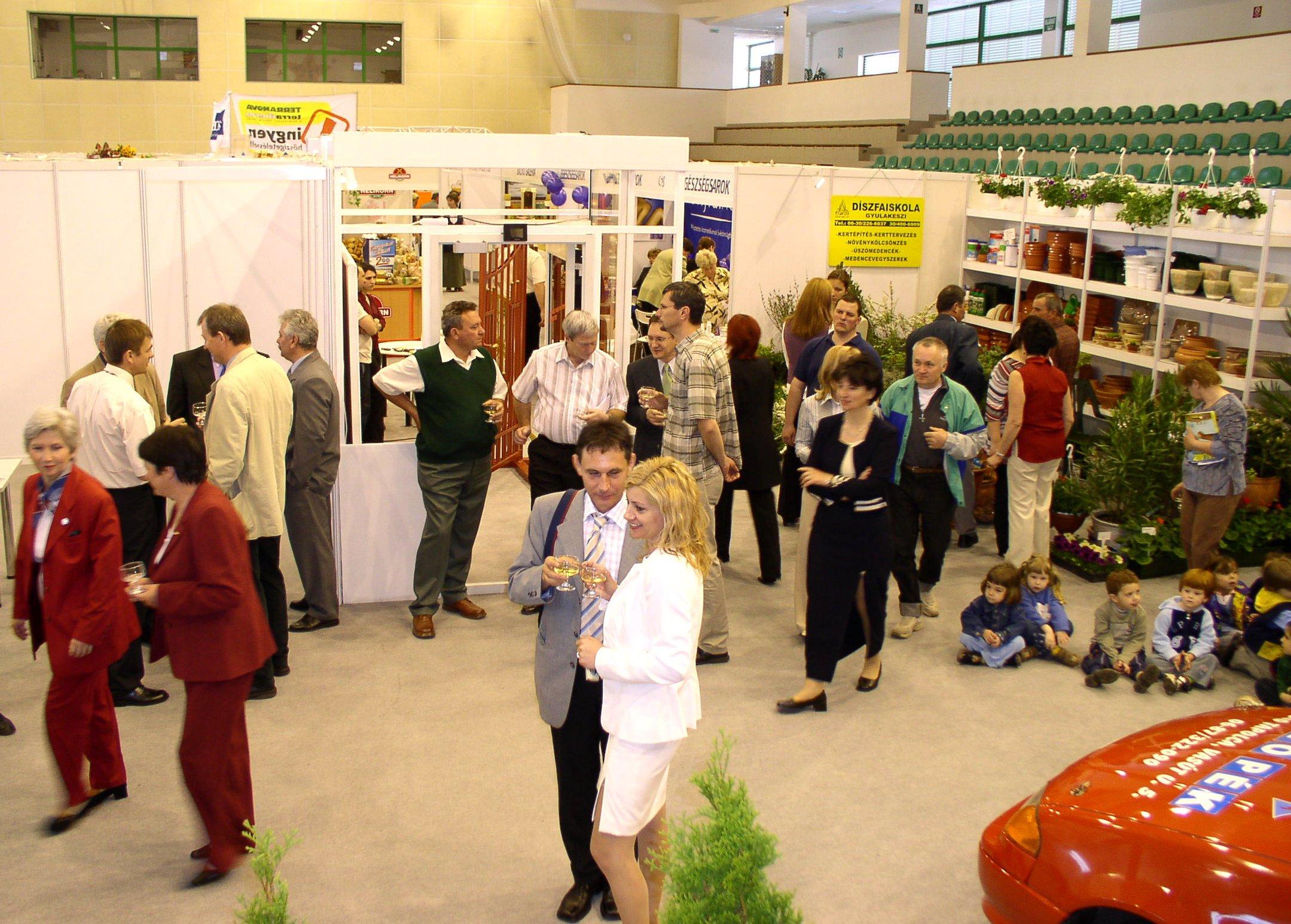 expo2004